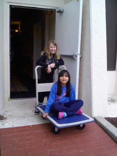 Hannah&Adri